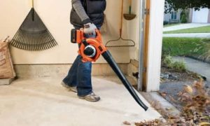 BLACK+DECKER LSW36 Lithium Sweeper